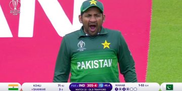 Sarfaraz Yawns on Cricket Field